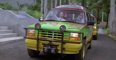 Were The Ford Explorer SUVs In Jurassic Park Self-Driving Or Not?