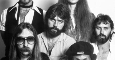 Yacht Rock Lives On Thanks To The Internet
